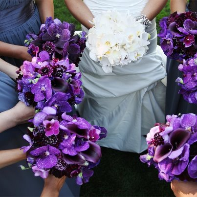 Photo: Loved these bouquets!