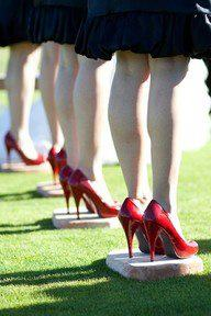 Photo: stepping stones for bridesmaids to stand on during outdoor weddings so their heels don
